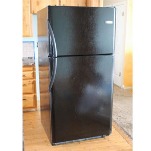 Read more about the article Просто ли удалить царапины на холодильнике