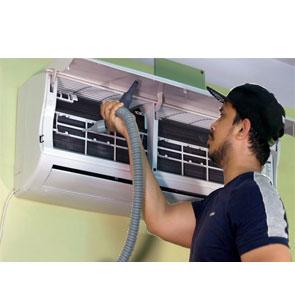 Read more about the article Какие работы выполняются при чистке сплит-систем